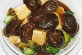 冬菇豆腐扒時蔬